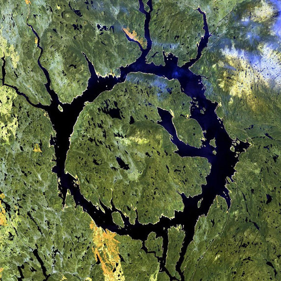 Manicouagan-Crater-Quebe