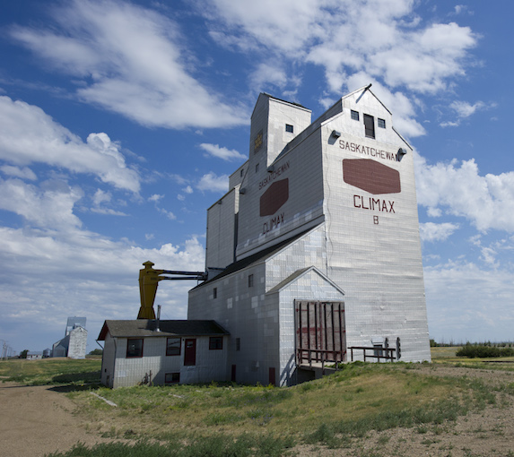 Grain elevator in Climax, Saskatchewan