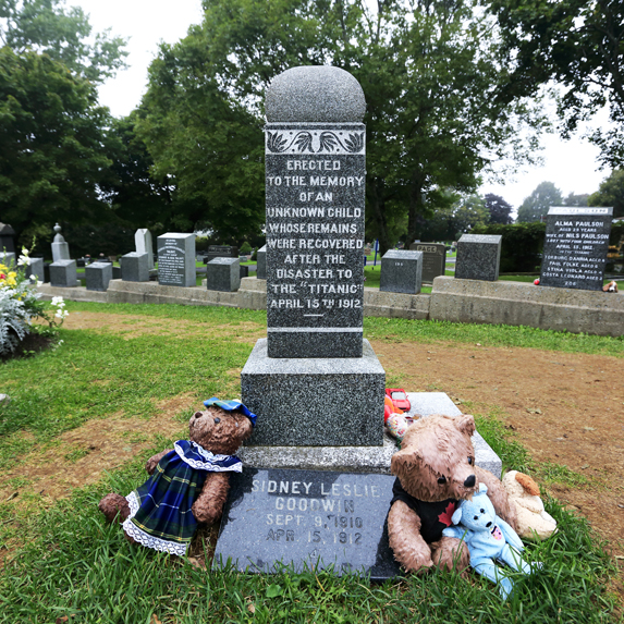Fairview Lawn Cemetery, Halifax, Nova Scotia