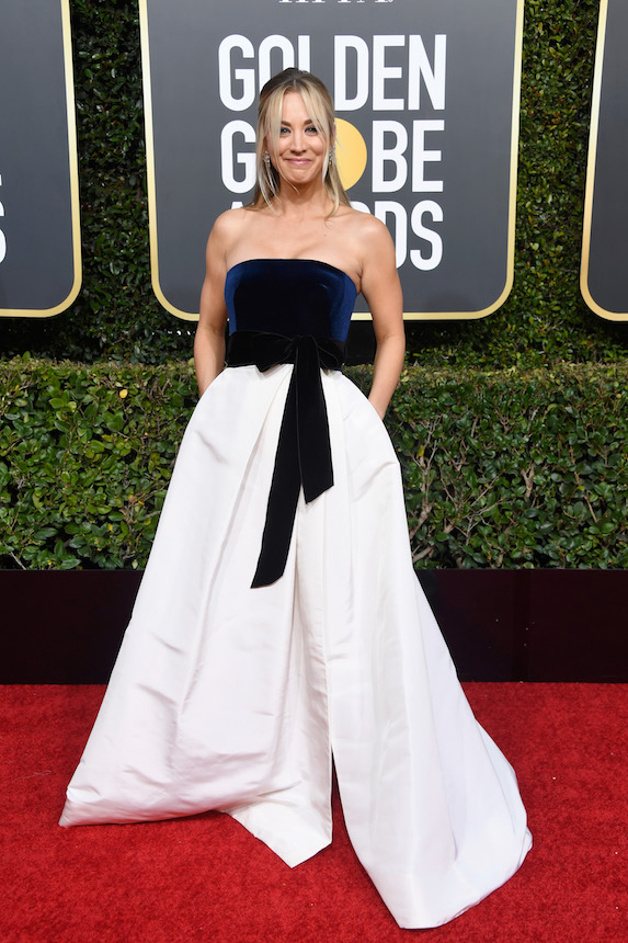 Kaley Cuoco wears a strapless gown to the Golden Globes