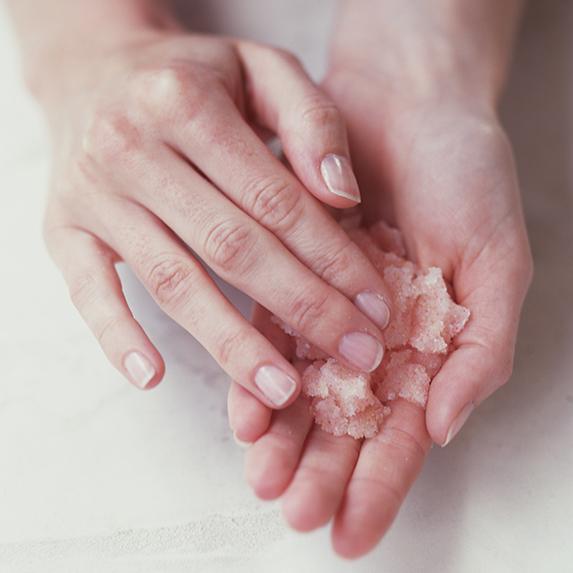 DIY coconut oil hand scrub