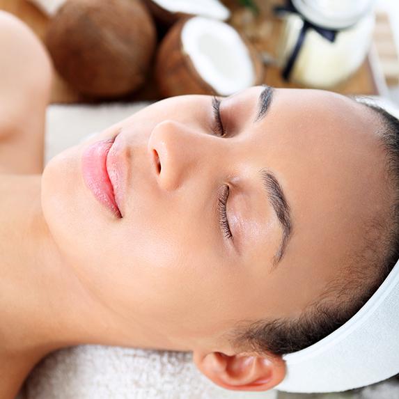 Mistake: Using coconut oil for face moisturizer