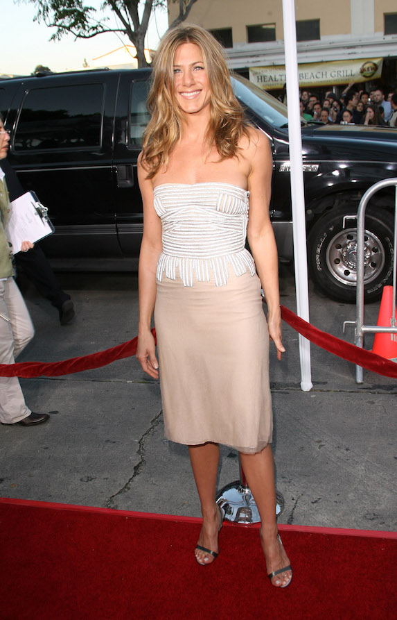 Jennifer Aniston wears a strapless gown and black strappy sandals to a film premiere in 2006
