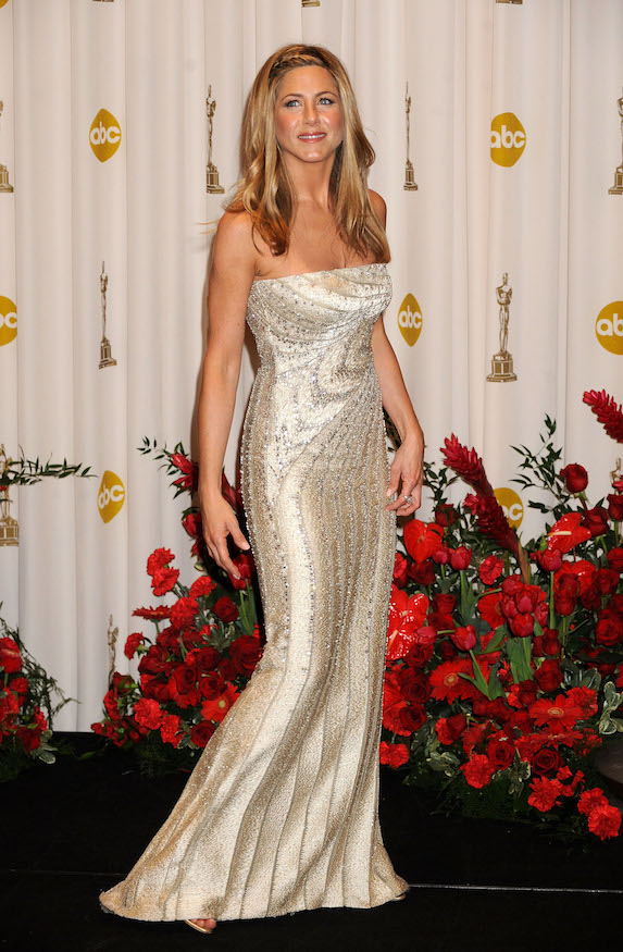 Jennifer Aniston wears a silver Valentino gown to the Academy Awards in 2009