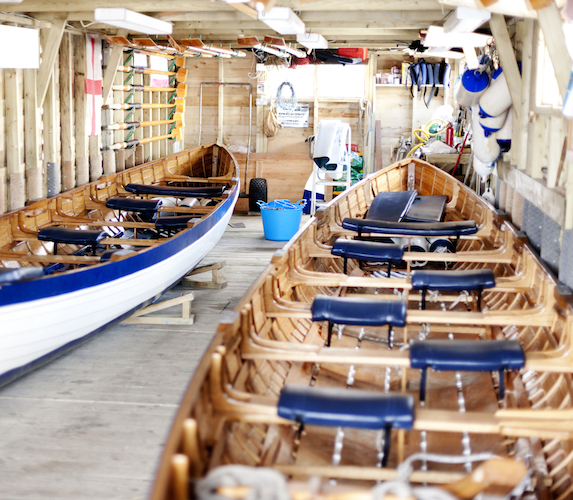 Gig boats indoors