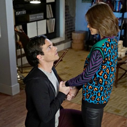 Ian Harding and Lucy Hale as Fitz and Aria on Pretty Little Liars
