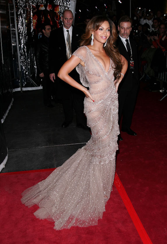 Beyonce wears a pink floor-length gown to the NYC premiere of her film Dreamgirls in 2006