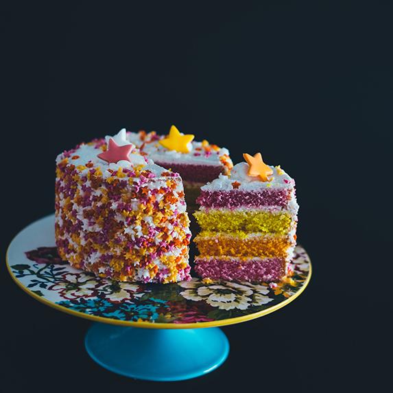 Zodiac Party: Zodiac reveal cake