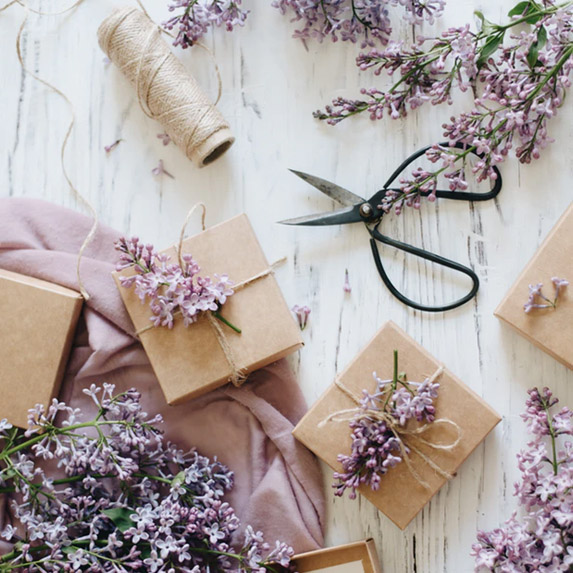 Really adorable gift wrapping