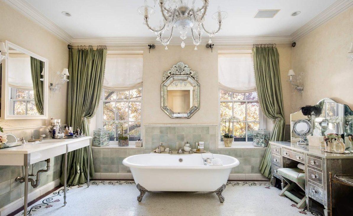 Sonja Morgan's home: the most elegant bathroom ever