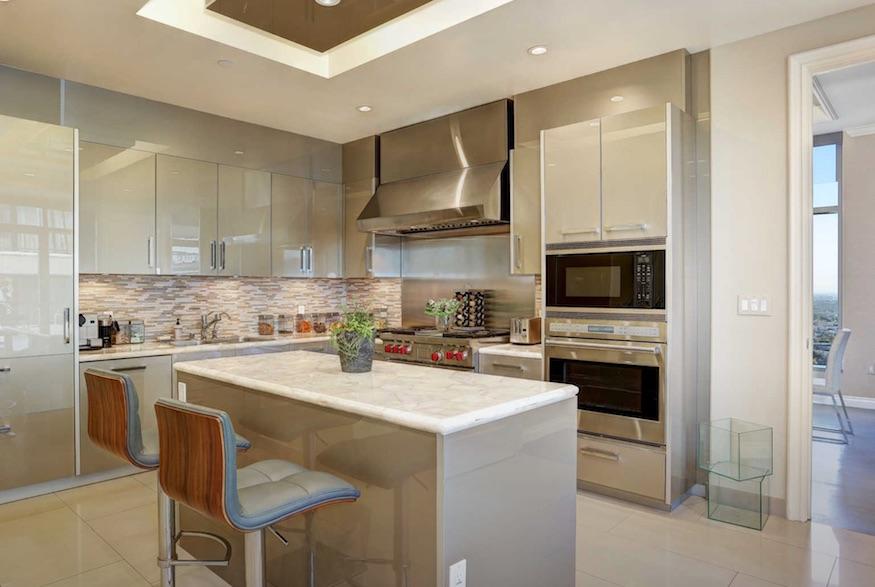 Yolanda Hadid's home: living the gourmet life