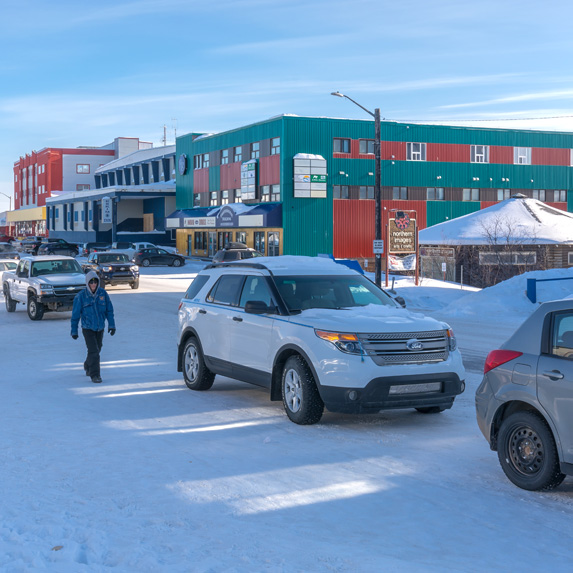 Inuvik, Northwest Territories –31 °C