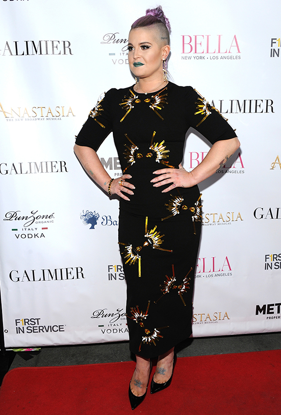 Kelly Osbourne in Victoria Hayes