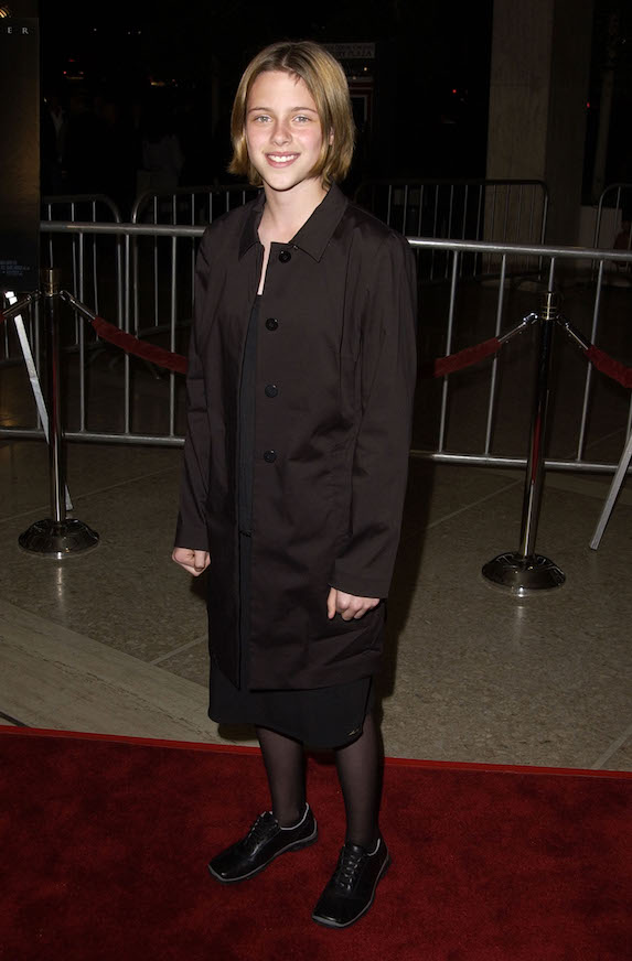 Kristen Stewart wears all-black to a red carpet premiere for the 2002 film, Panic Room