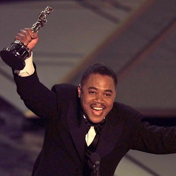 Cuba Gooding Jr. accepts his Best Supporting Actor Oscar for Jerry Maguire in 1997