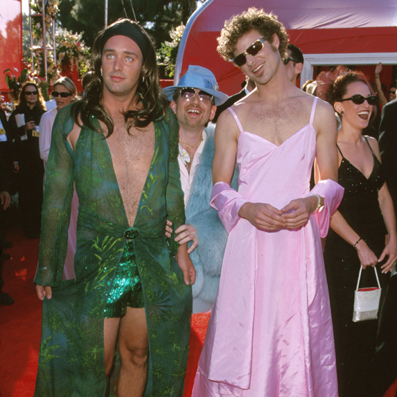 Trey Parker and Matt Stone arrive at the 2000 Oscar ceremony wearing dresses inspired by Jennifer Lopez and Gwyneth Paltrow