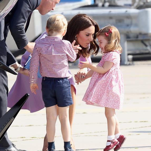 Kate Middleton handles Princess Charlotte's tantrum on an airport tarmac area