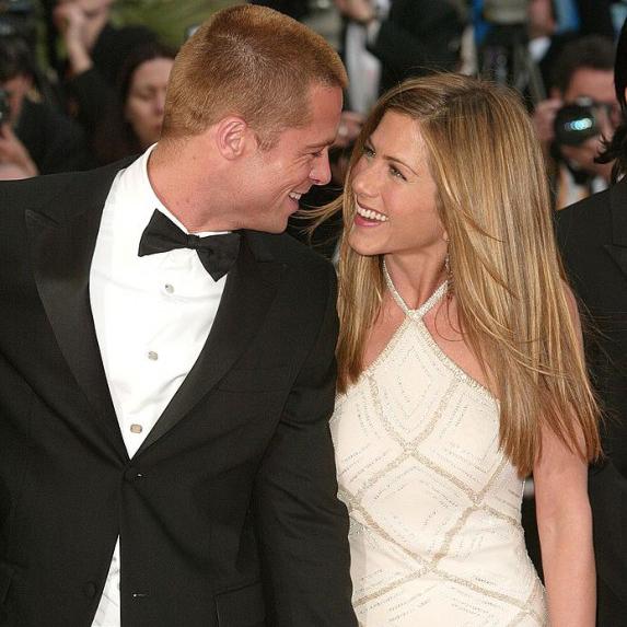 Brad Pitt and Jennifer Aniston, as newlyweds, on the Emmy's red carpet