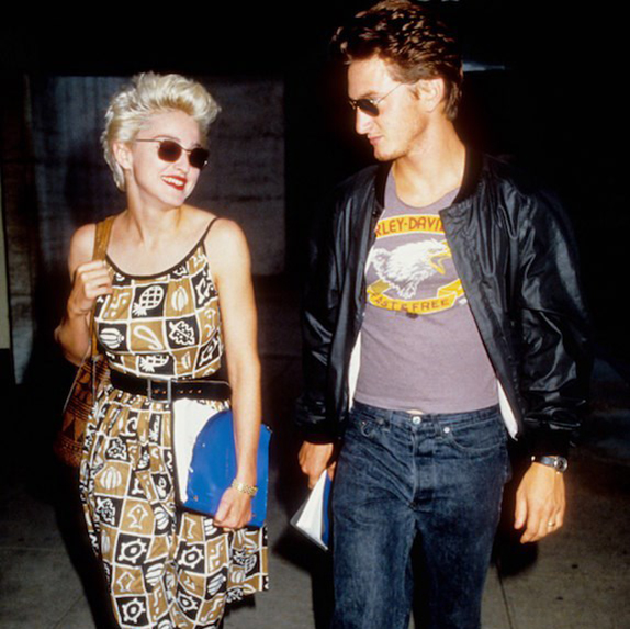 1985: Sean Penn and Madonna mid-stride
