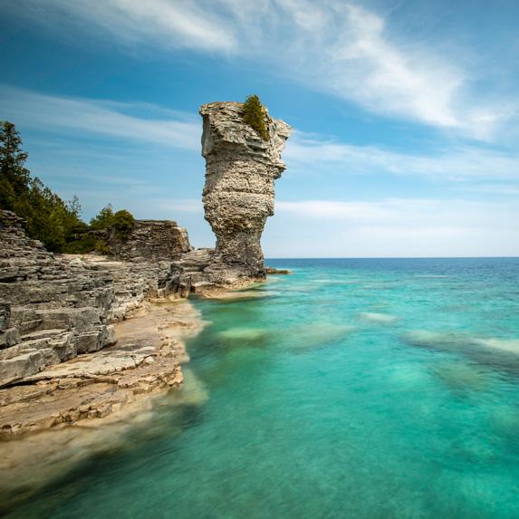 Ontario: Flowerpot Island, Fathom Five National Marine Park