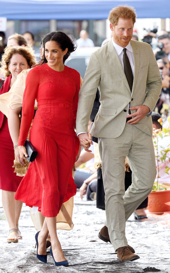 Meghan Markle and Prince Harry arrive in Tonga in 2018