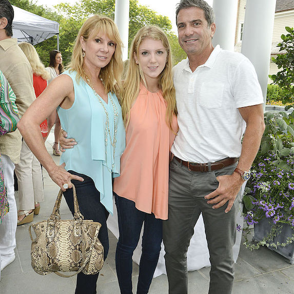 Ramona Singer: in Florida with Avery and Mario