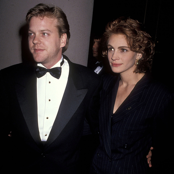 Actor Kiefer Sutherland and actress Julia Roberts attend the 48th Annual Golden Globe Awards on January 19, 1991 at Beverly Hilton Hotel
