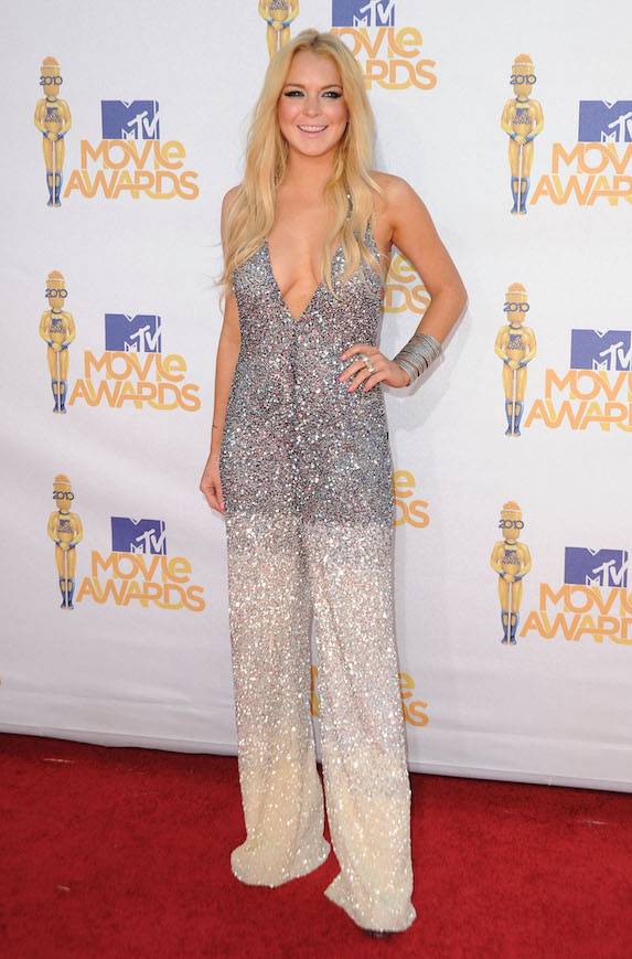 Lindsay Lohan wears a sequin jumpsuit to the 2010 MTV Movie Awards