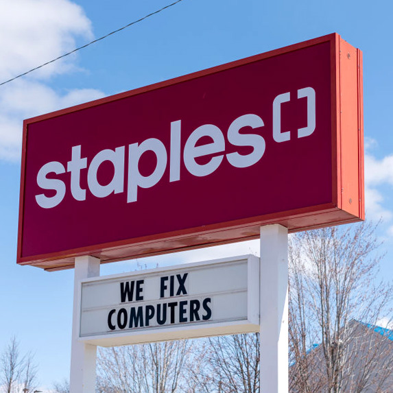 Staples Canada sign