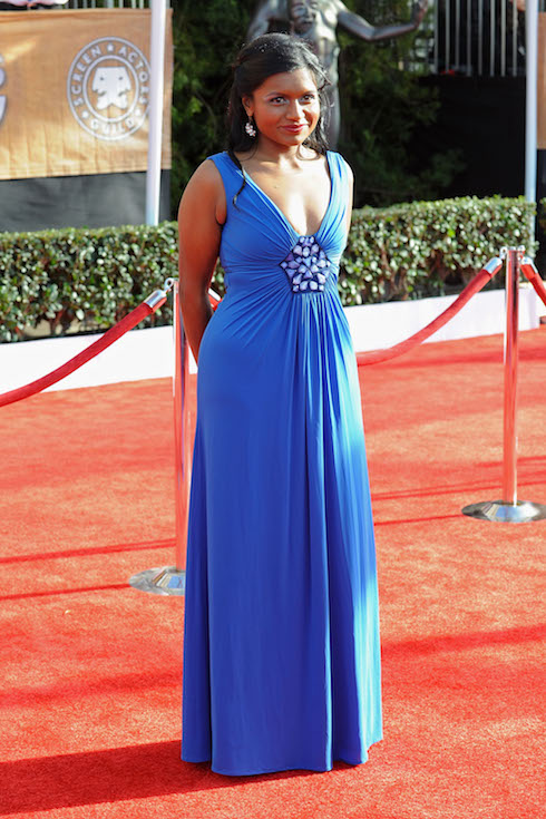Mindy Kaling wears a strapless blue gown to the SAG Awards in 2009
