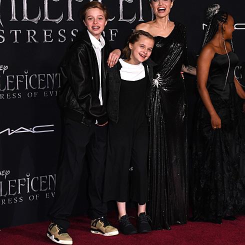 Shiloh Jolie-Pitt, sister Vivienne Jolie-Pitt, Angelina Jolie and sister Zahara Jolie-Pitt
