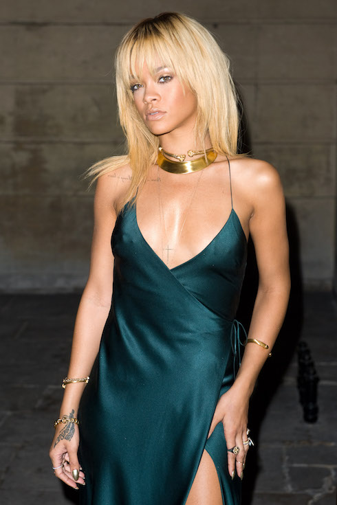 Rihanna wears her hair in a platinum-blonde hairstyle