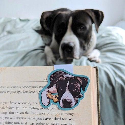 Custom dog magnetic bookmark
