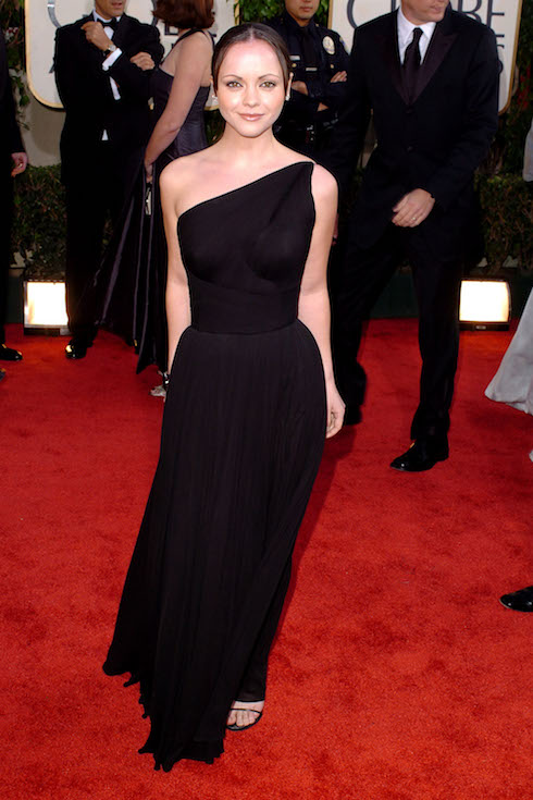 Christina Ricci wears a black, one-shoulder gown to the 2004 Golden Globe Awards